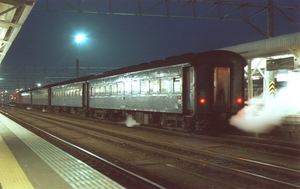 198503_08